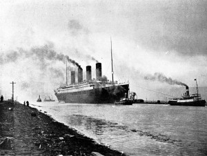 Titanic_sea_trials_April_2,_1912